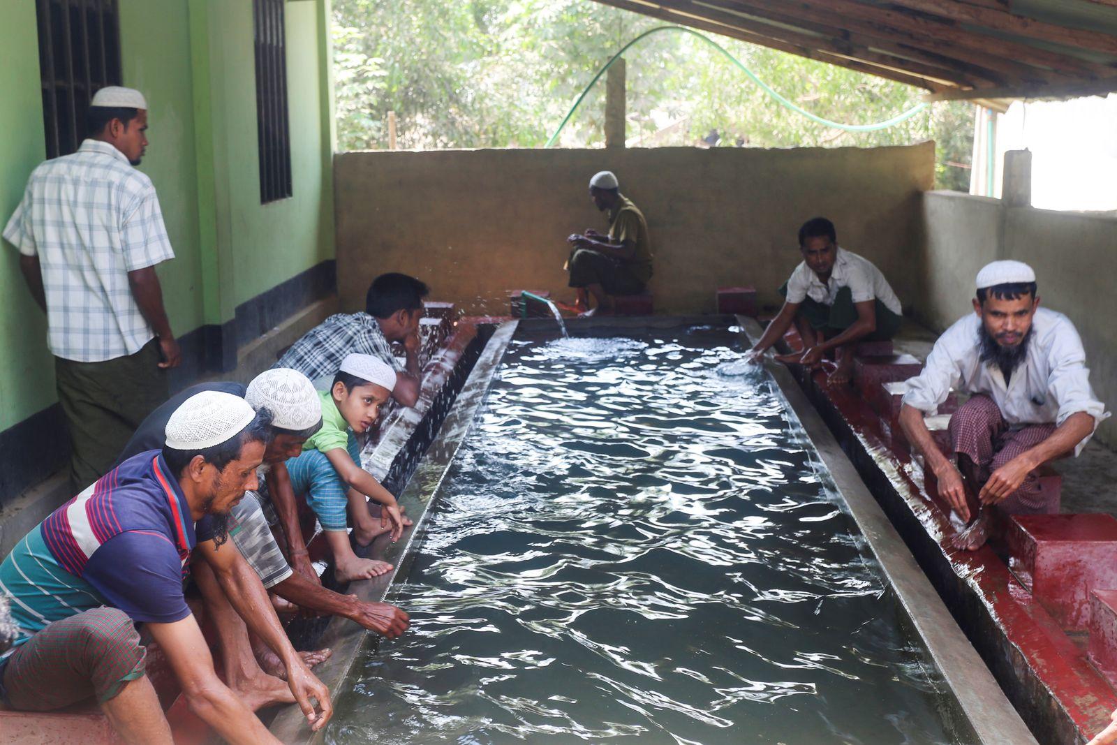 BANGLADESH-MYANMAR-ROHINGYA-HEALTH-VIRUS