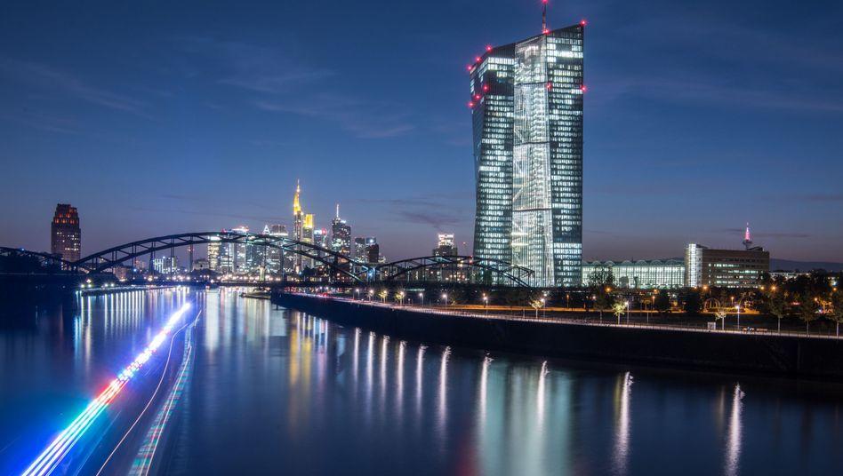 Sitz der Europäischen Zentralbank (EZB) in Frankfurt am Main (Archivbild)