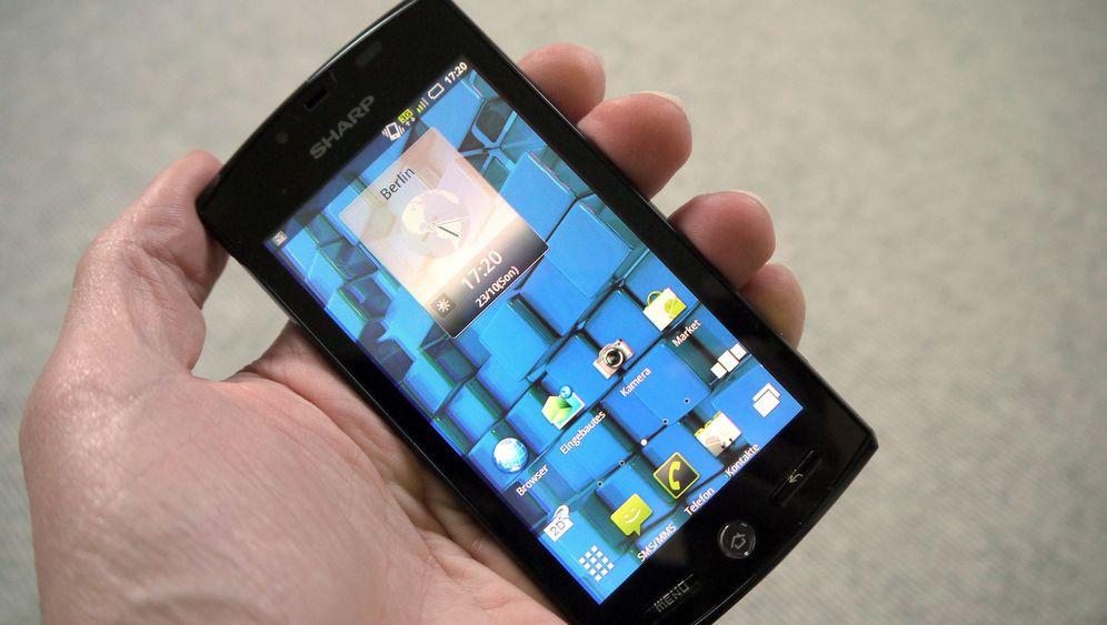 3-D-Handy vom TV-Hersteller: Sharp Aquos Phone