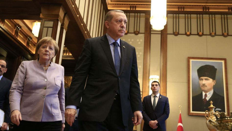 German Chancellor Angela Merkel and Turkish President Recep Tayyip Erdogan in Feburary