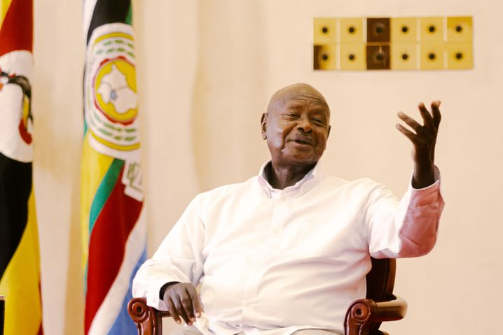 """President Museveni speaking to DER SPIEGEL: """"Mistakes were made. The investigation is ongoing."""""""