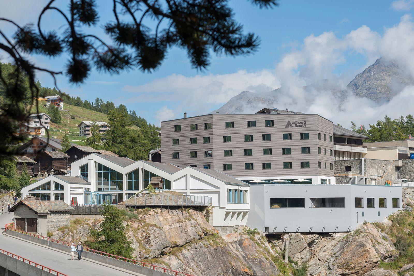 EINMALIGE VERWENDUNG Wellness Hostel 4000