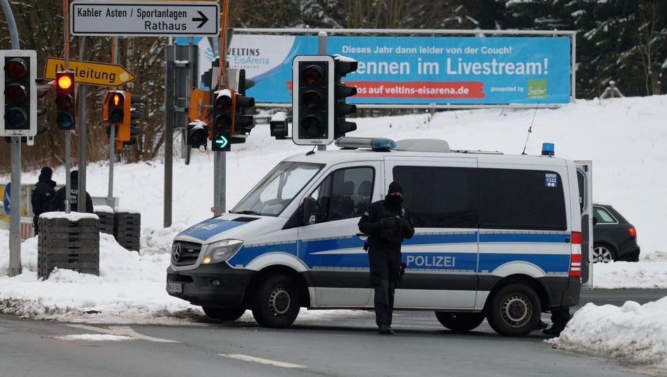 Straßensperre am Sonntag in Winterberg: Zufahrt verboten