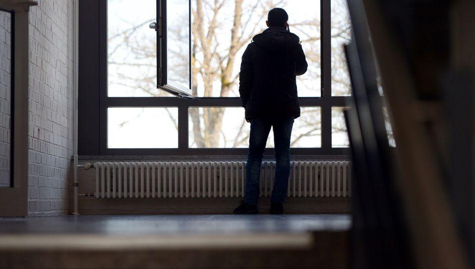 Asylbewerber in Deutschland (Archiv): Kirchentüren sollen offen bleiben