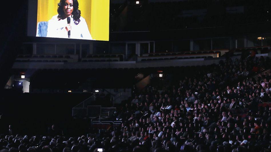 Obama-Auftritt in Chicago: »Ich scheuchte die Mädchen: Weg hier, die Trumps kommen«