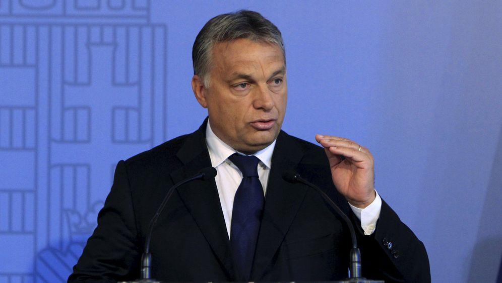 Ungarns Flüchtlingschaos: Zwischen Planlosigkeit und Polizeiwahn