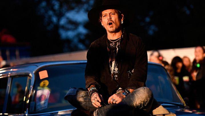 """Johnny Depp: """"Schlechter Witz"""""""