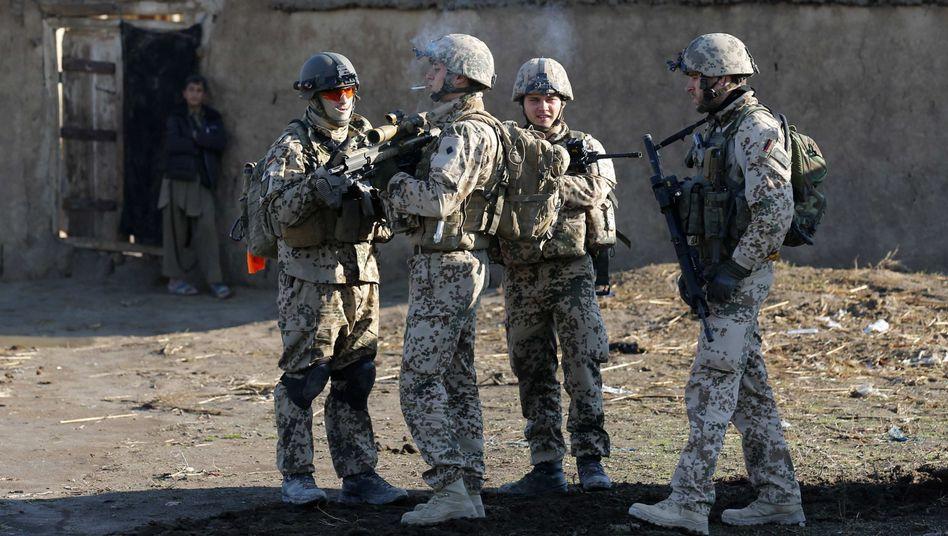 Bundeswehrsoldaten in Afghanistan: Probleme im Einsatz