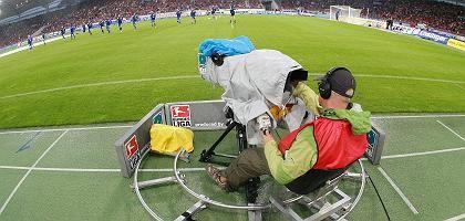 Fußball-Übertragung: 412 Millionen Euro pro Jahr nimmt die Liga von den Sendern ein
