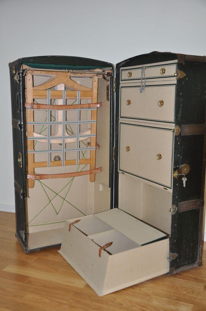 Gut zu verschicken: Dieser Kofferschrank gehörte einer jüdischen Familie, die aus dem NS-Staat floh