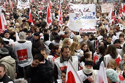 Öffentlich Bedienstete in Niedersachsen (Februar 2006): Ab 2008 gibt es mehr Geld
