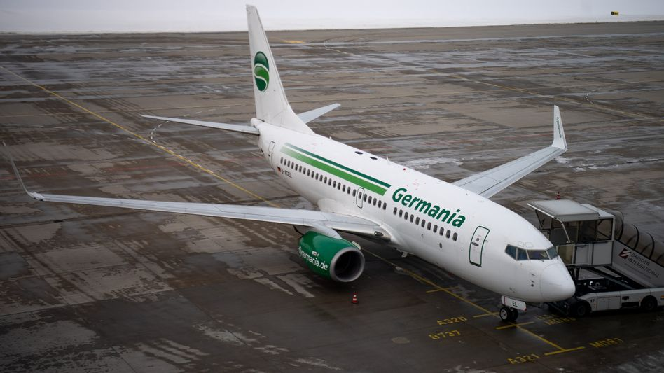 Ein Flugzeug der Fluggesellschaft Germania (Archivbild)