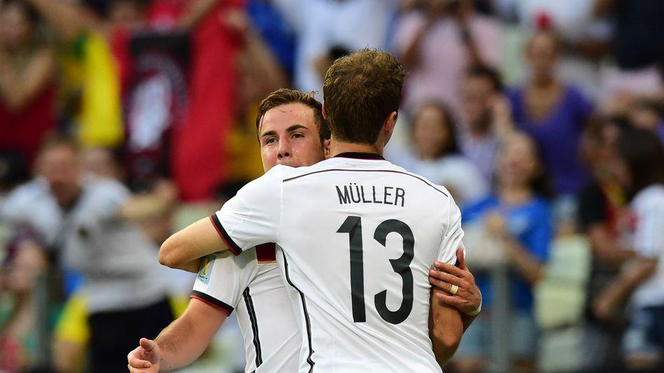 Müller und Götze im Spiel gegen Ghana: Begehrtes Jersey