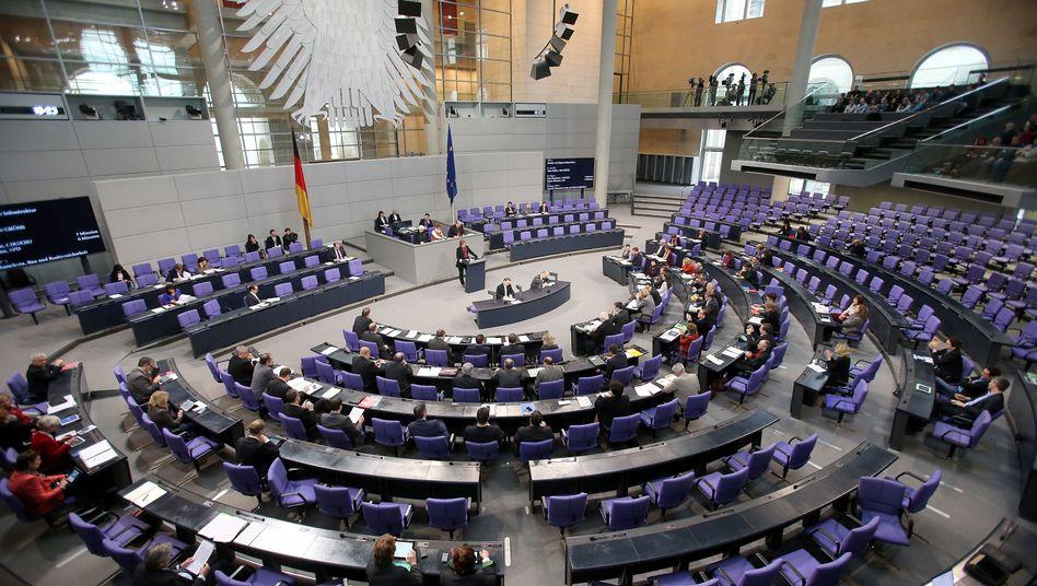 Abgeordnete im Bundestag: Große Koalition plant Neuregelung zur Bestechung