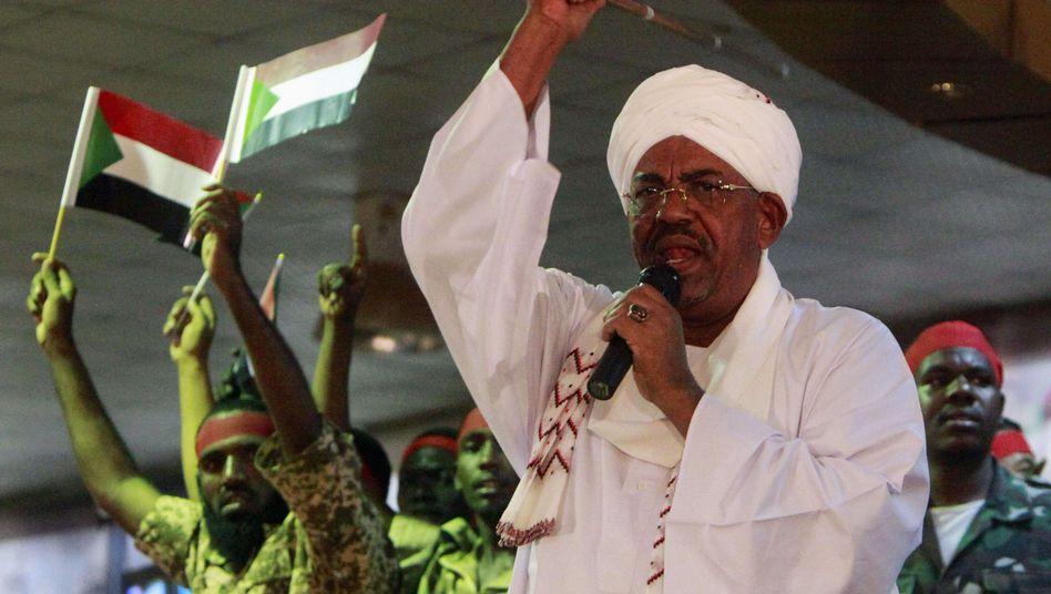 """Sudans Präsident Baschir: """"Wir werden ihnen einen letzte Lektion erteilen"""""""