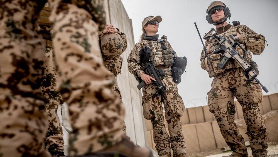 Bundeswehrsoldaten im Lager Masar-i-Sharif, Afghanistan (2018)
