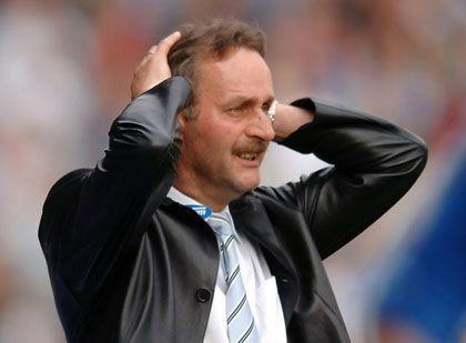 """VfL-Coach Neururer: """"Diese Niederlage hat verdammt weh getan"""""""