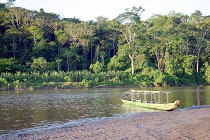 Fluss Kapawi: Mitten im grünen Paradies liegt die Kapawi-Lodge