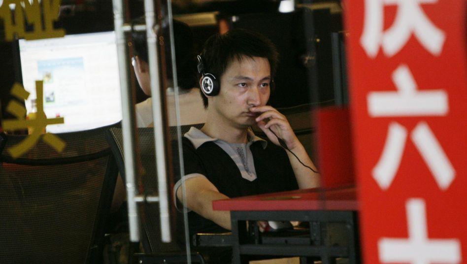 Internet-Café in Peking 2009: Onlineanbieter beklagen schärfere Netzkontrolle in China