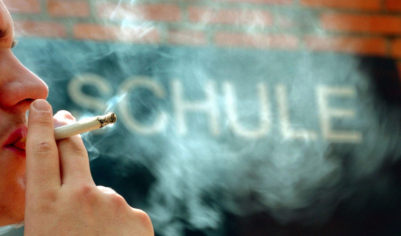 Kinder rauchen Drogen