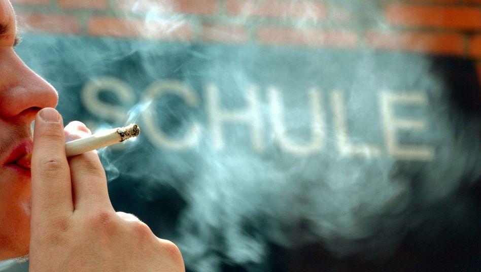 Rauchender Schüler in Hannover (Archivbild)