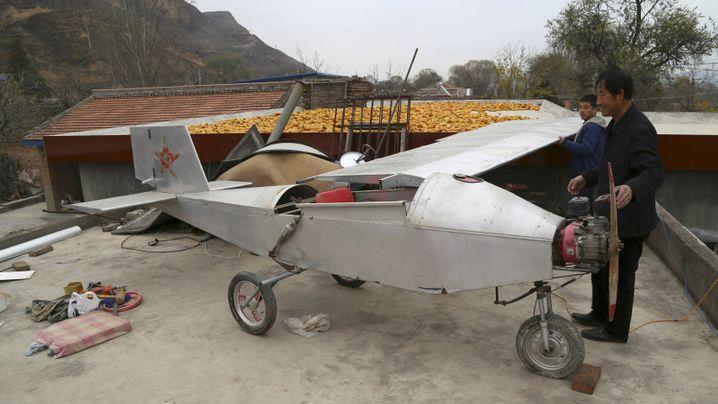 Hobby-Konstrukteure in China: Panzer, U-Boote, Sportwagen