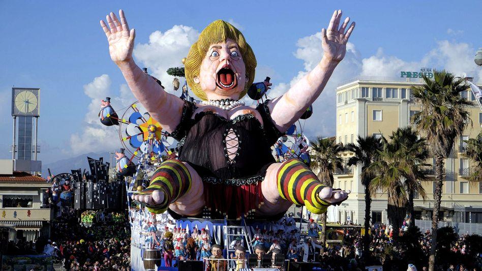 Merkel-Parodie im italienischen Karneval