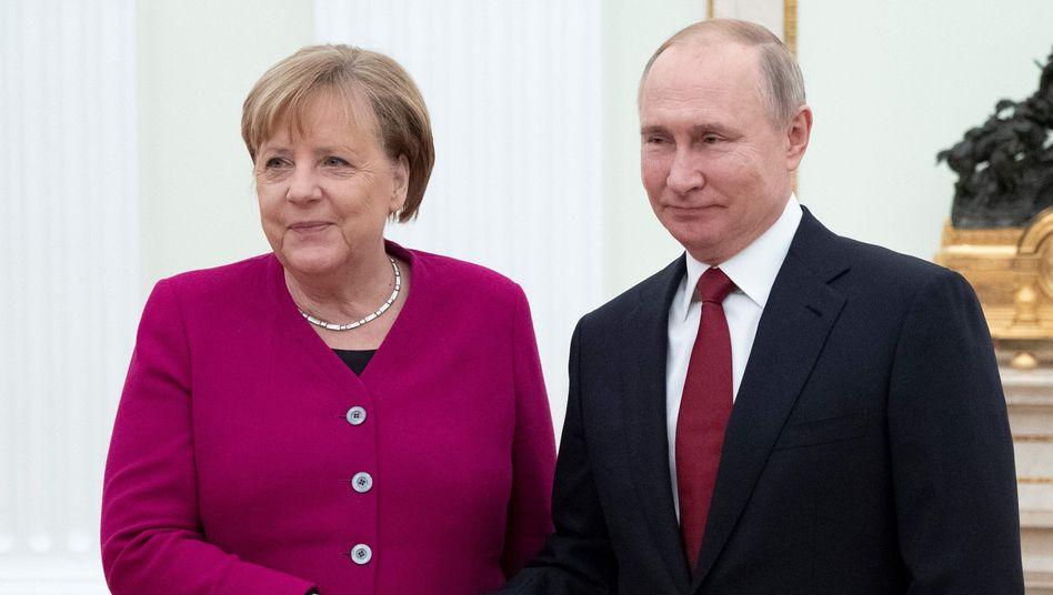 Angela Merkel und Wladimir Putin am Samstag in Moskau