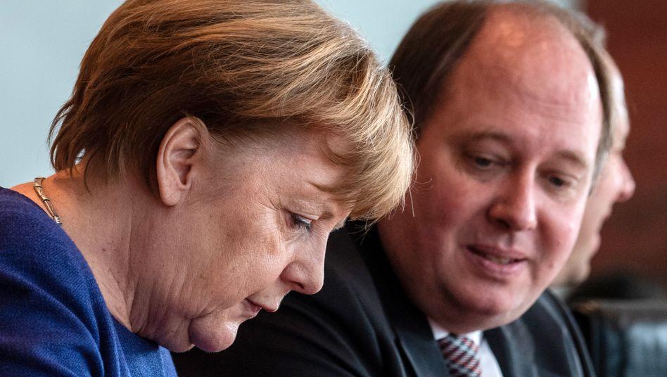 Kanzleramtschef Braun, Regierungschefin Merkel