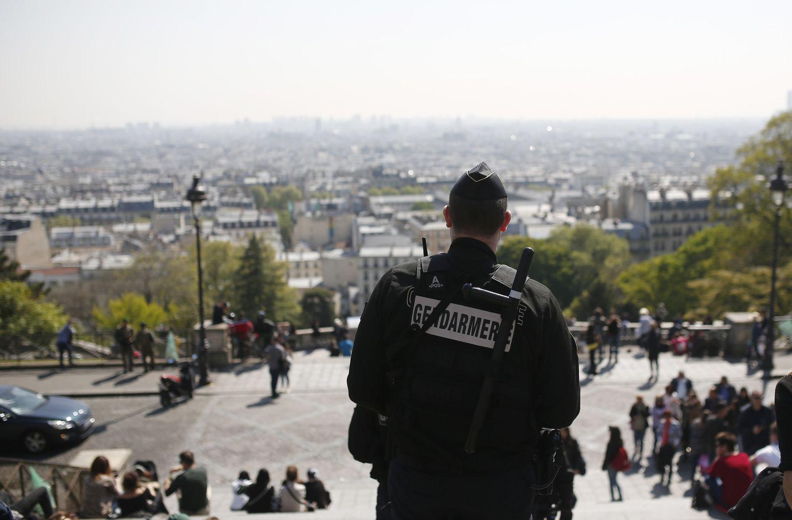 Paris / Polizist
