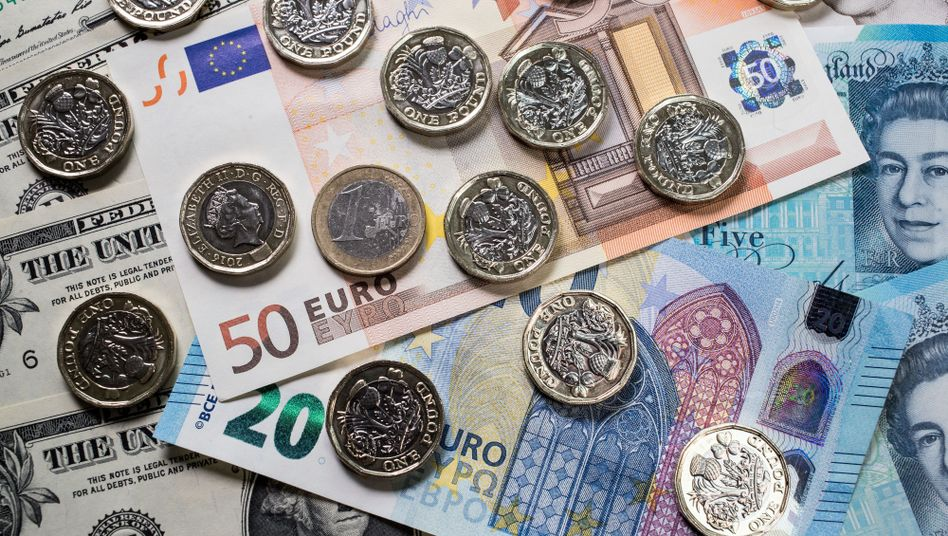 Nach Zinsentscheidung der US-Notenbank: Euro und Pfund auf Talfahrt