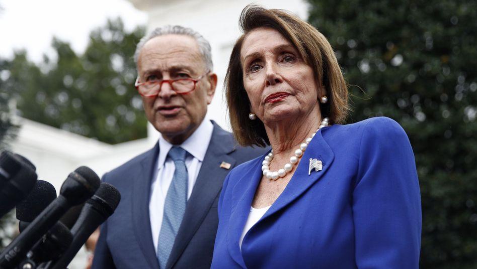 Chuck Schumer, Minderheitsführer der Demokraten im Senat, und Nancy Pelosi, Vorsitzende des US-Repräsentantenhauses: Die nächste Phase der Impeachment-Ermittlungen kommt