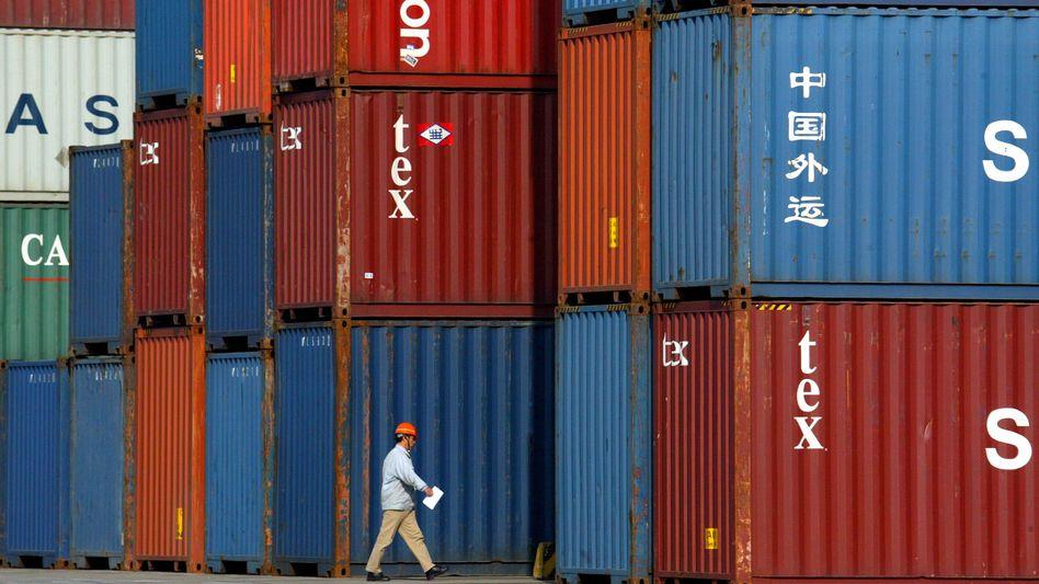 Containerhafen in Shanghai: Lichtblick für deutsche Exporteure