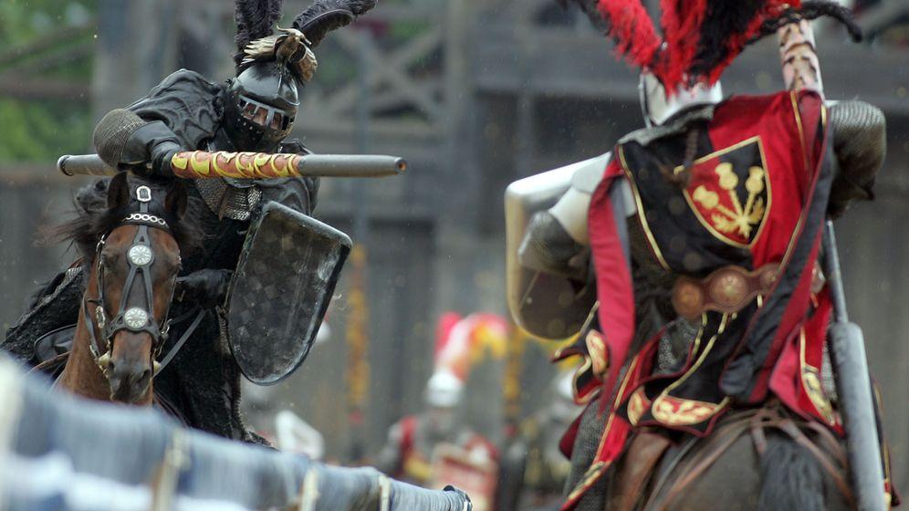 Ritter: Mythos und brutale Wirklichkeit