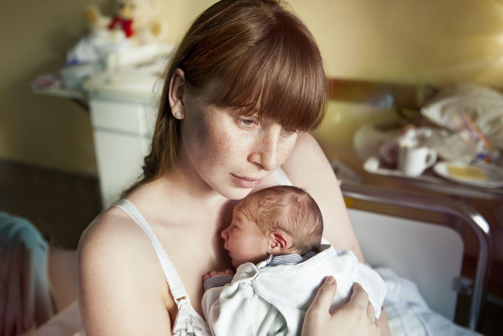 EINMALIGE VERWENDUNG Schwere Geburt