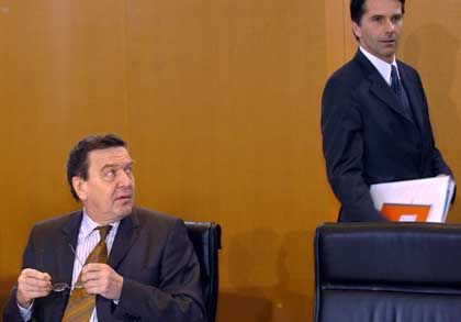 Kanzler Schröder, Sprecher Anda: Selektive Informationspolitik