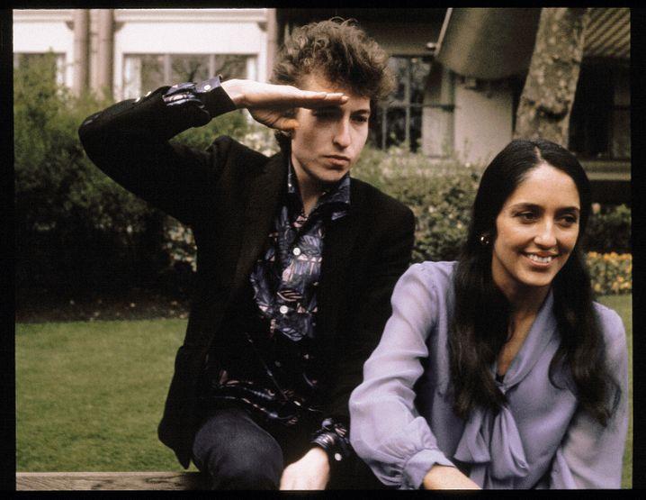 """Liebespaar Dylan, Baez 1965 in London: """"Er fragte immer nach meiner Mutter"""""""