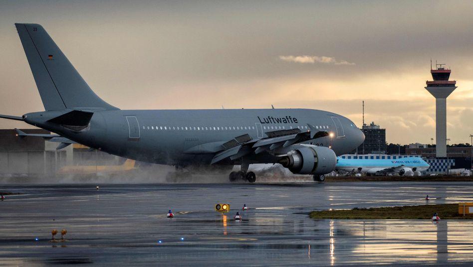 A310 der Luftwaffe: Landung in Frankfurt am Main