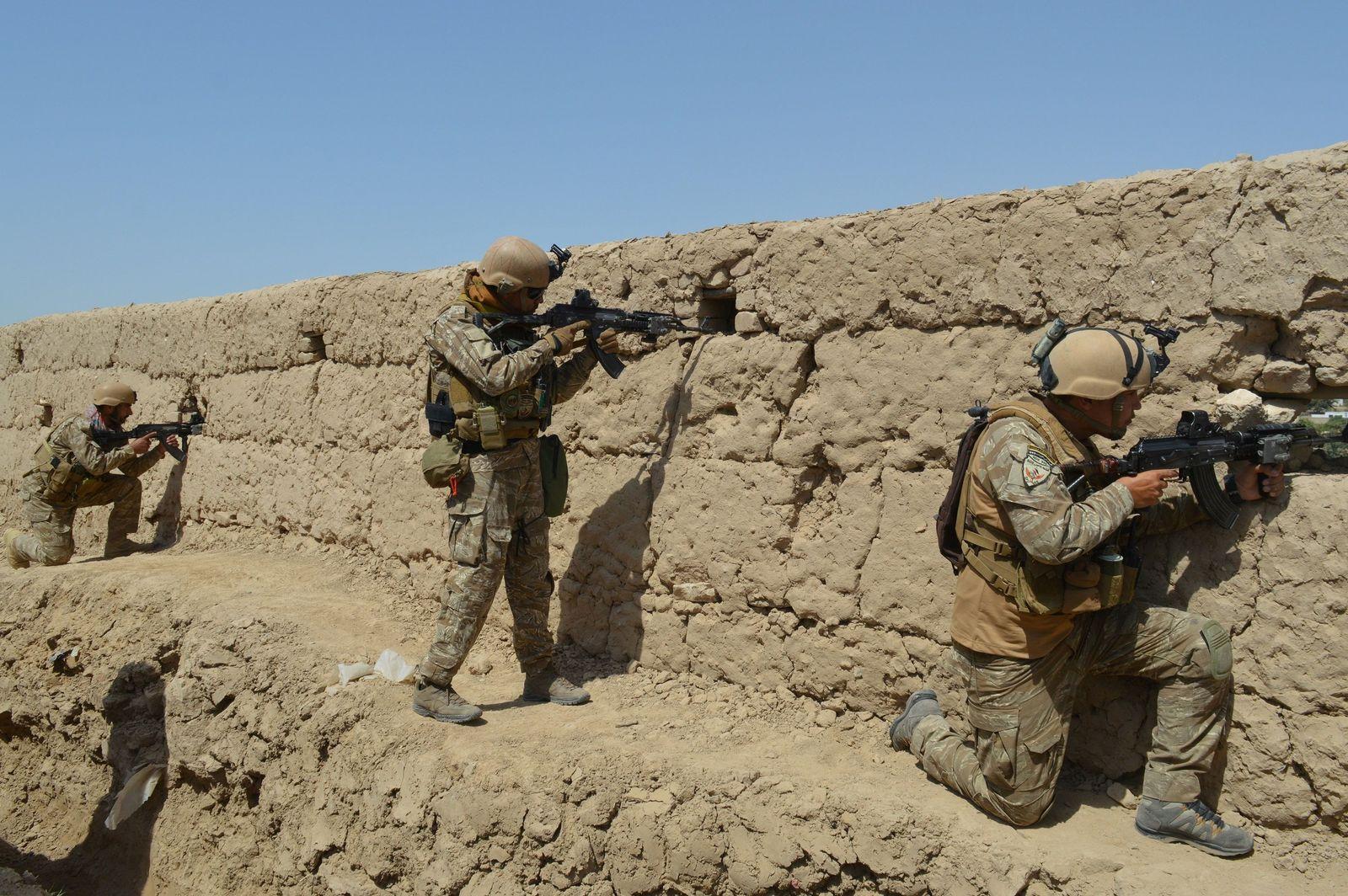 EINMALIGE VERWENDUNG Afghanistan/ Taliban/ Kundus
