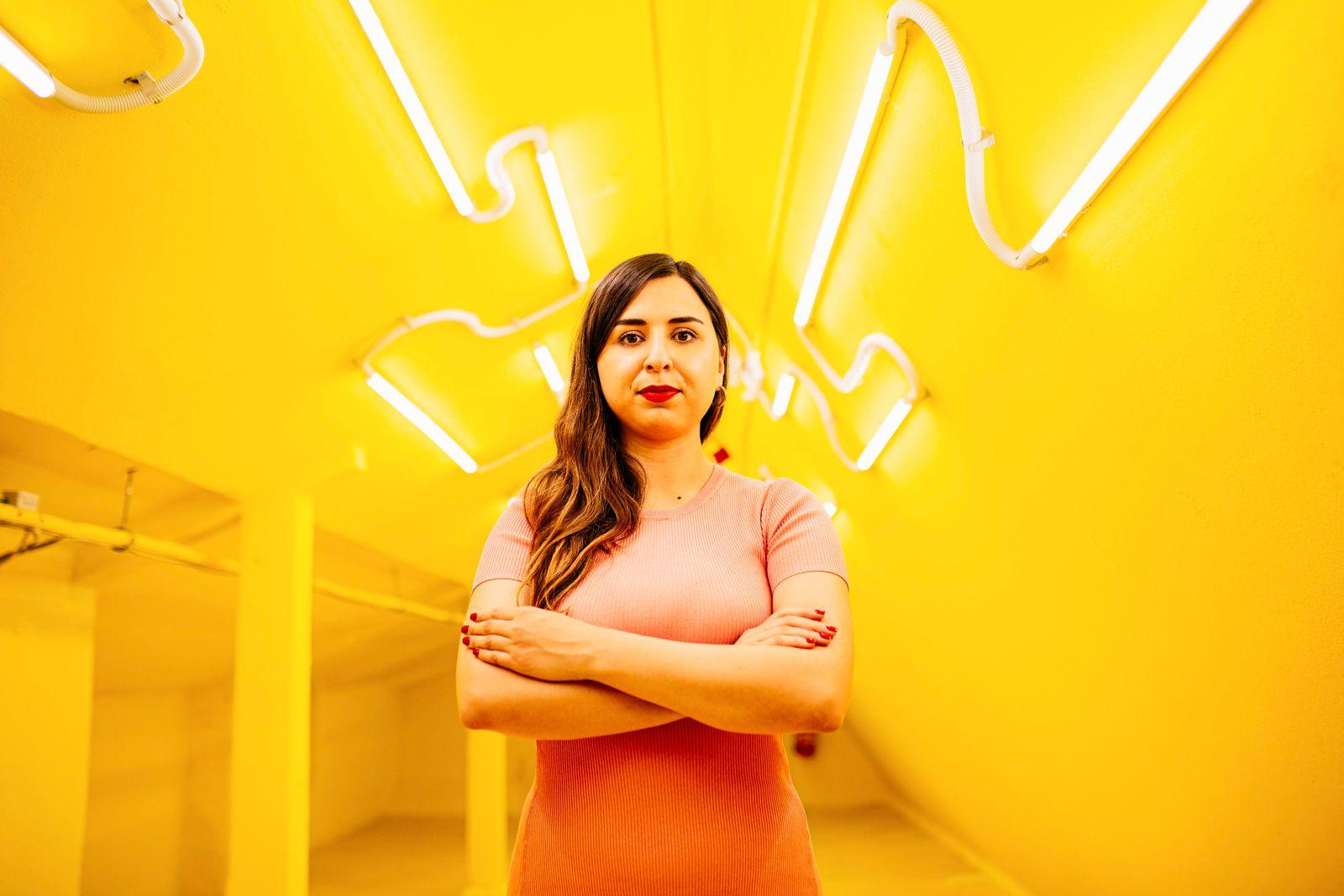 Mina Saidze, Datenanalystin