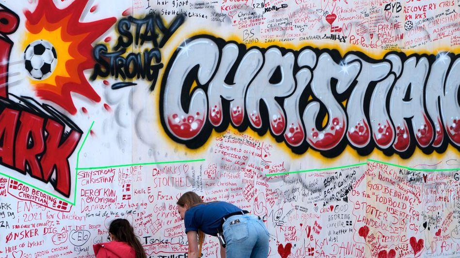 Graffiti und beste Wünsche für Christian Eriksen auf in der EM-Fanzone in Kopenhagen