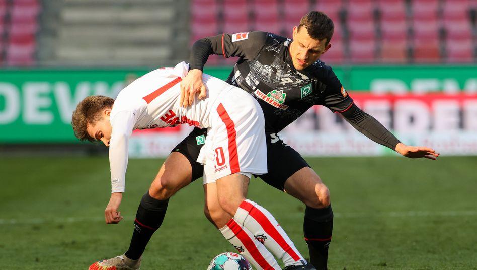 Viel Kampf, viel Mittelfeld bei Köln gegen Werder
