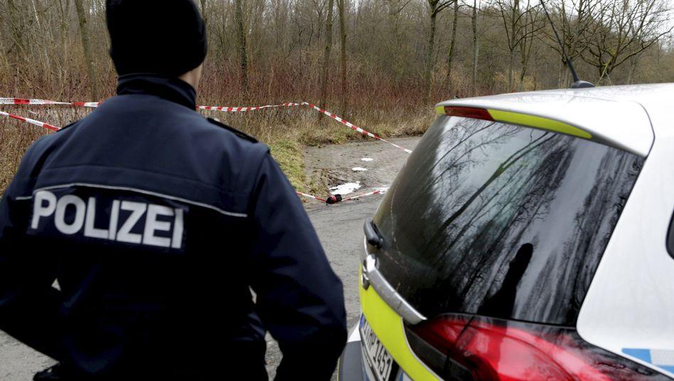 Darmstadt: Die Polizei sichert den Fundort der Leiche