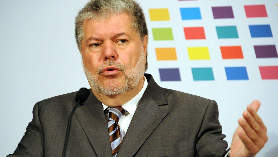 In zahlreichen Gremien vertreten: Ministerpräsident Kurt Beck