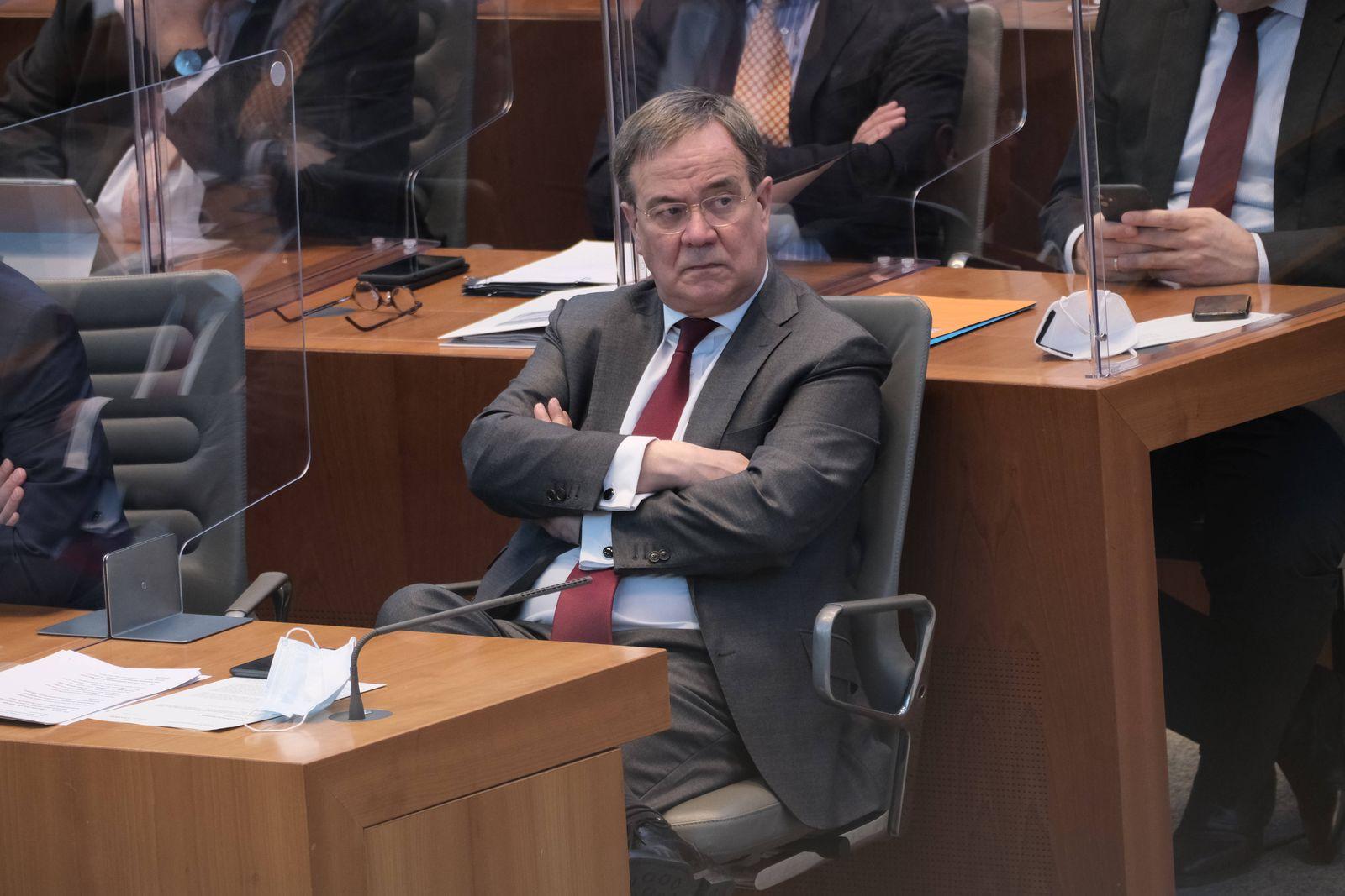 Düsseldorf 28.04.2021 Landtag NRW Plenum Ministerpräsident Armin Laschet CDU Düsseldorf Landtag Nordrhein-Westfalen Deu