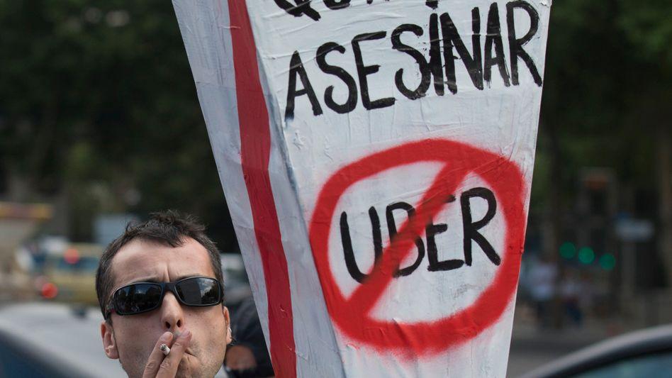 Klares Feindbild: Protestierender Taxifahrer in Madrid