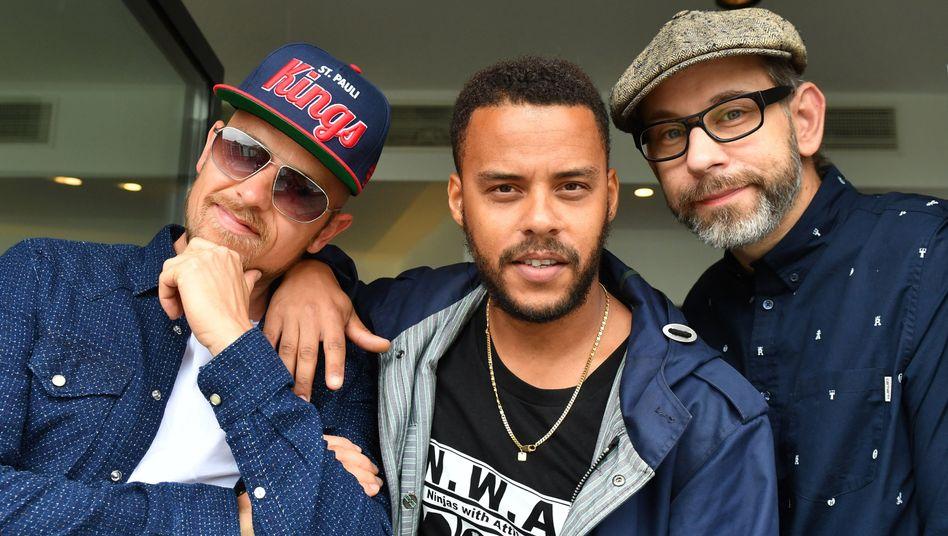 Musiker Jan Eißfeldt (Eizi Eiz, von links), Dennis Lisk (Denyo) und Guido Weiß (DJ Mad)