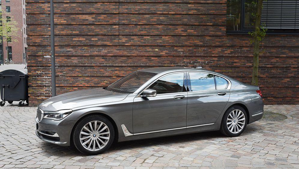 BMW 750i xDrive: Gleiter machen Freude