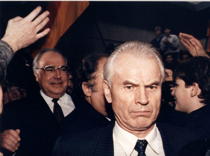 Modrow mit Helmut Kohl im Dezember 1989