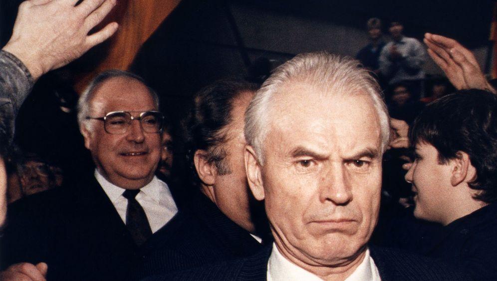 Hans Modrow: Sozialist, Reformer, Verklärer?